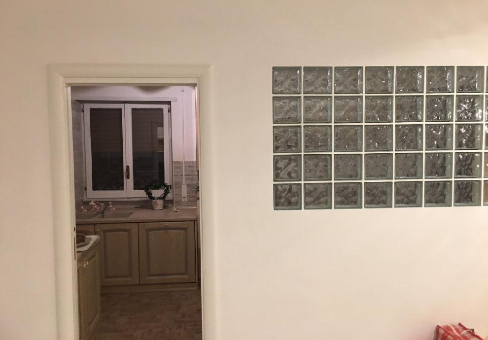 parete in vetrocemento salone posa