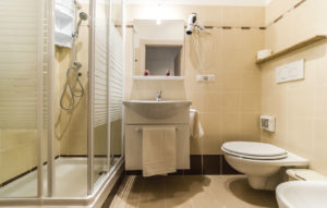 rifacimento bagno completo roma