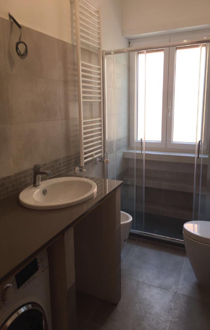 Progetti di bagni awesome cucina with progetti di bagni for Arredi bagno roma