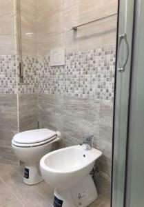 sostituzione-vecchi-sanitari-bagno